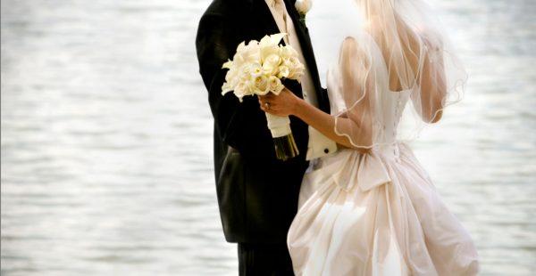 تفسير حلم الزواج للبنت مجلة رجيم Bride Wedding Gown Cleaning Timeless Wedding