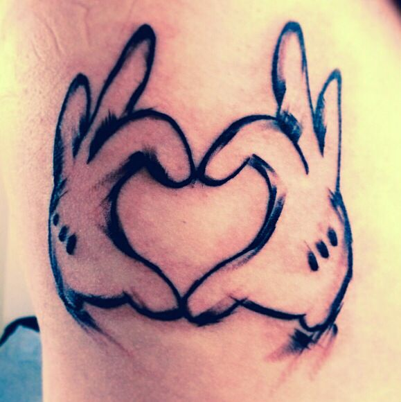 d4b2665554a59 Disney Tattoo. Mickey Mouse Heart Hands. Love how it looks all messy ...