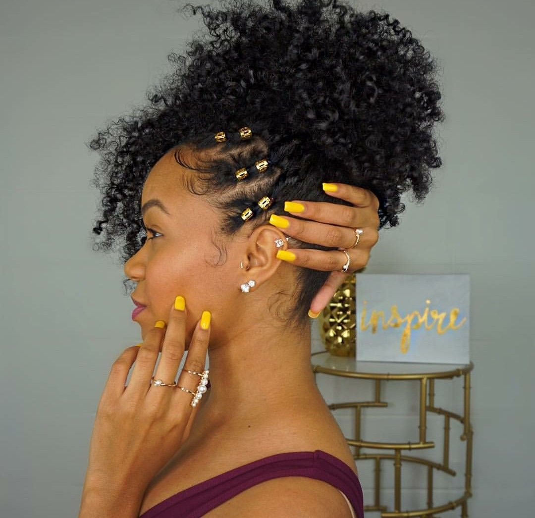 Defined Flat Twist Out On Short Natural Hair In 2020 Curly Hair Styles Natural Hair Styles Hair Styles