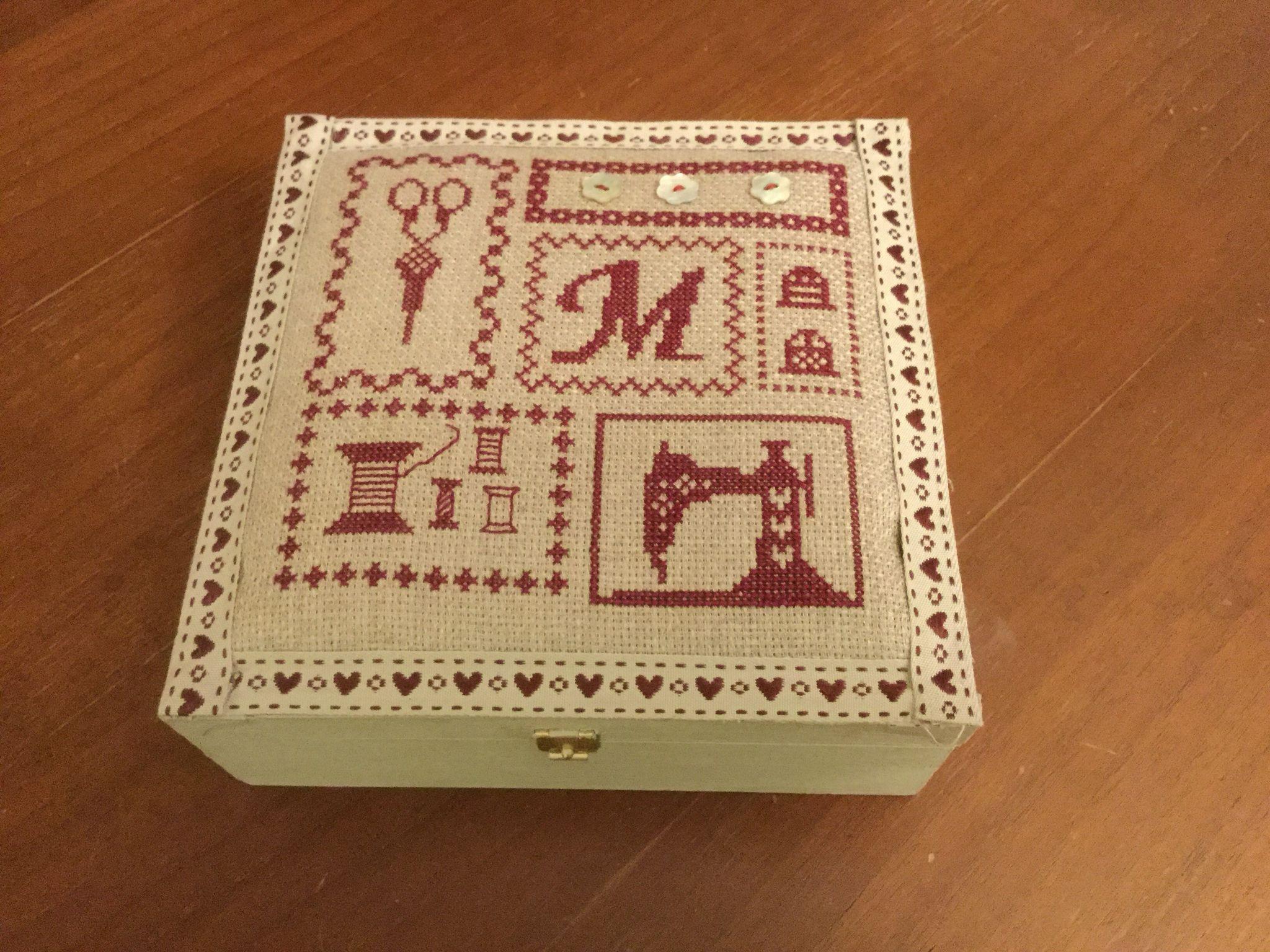 Una scatola del cucito per la mia sorellina