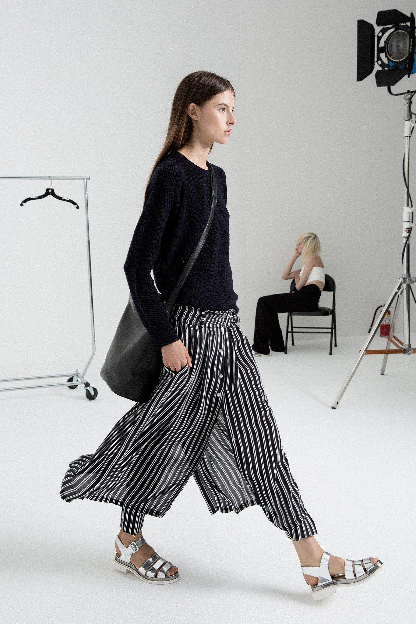 Carroll Tee | Alc clothing, Tees, Tshirt style