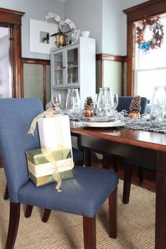See this glamorous dining room decorated for Christmas at   See this glamorous dining room decorated for Christmas at