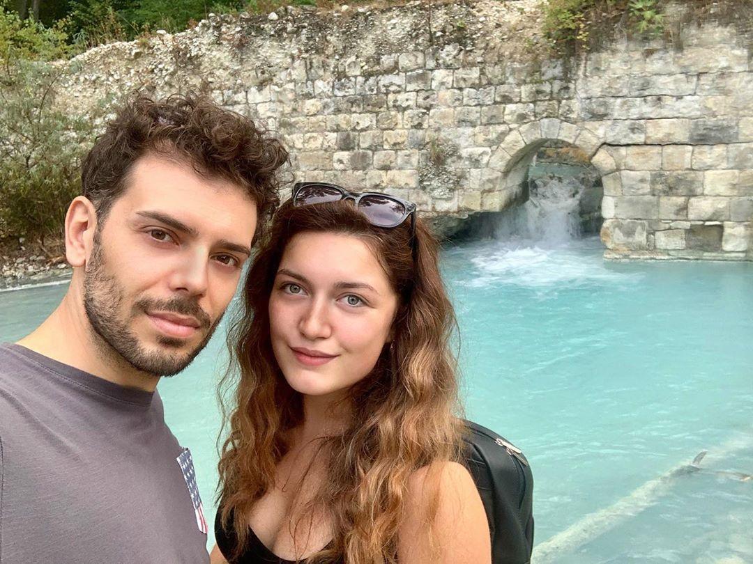 Amore è quando non si è mai stanchi di stare insieme 💕 #me #love #remember #parcodellavino #sorgenti #scafa #happy #sunday #agility #beautiful #lightblue #water #river #pic #photo #together #heart #sun #day #abruzzo #couple #couplegoals