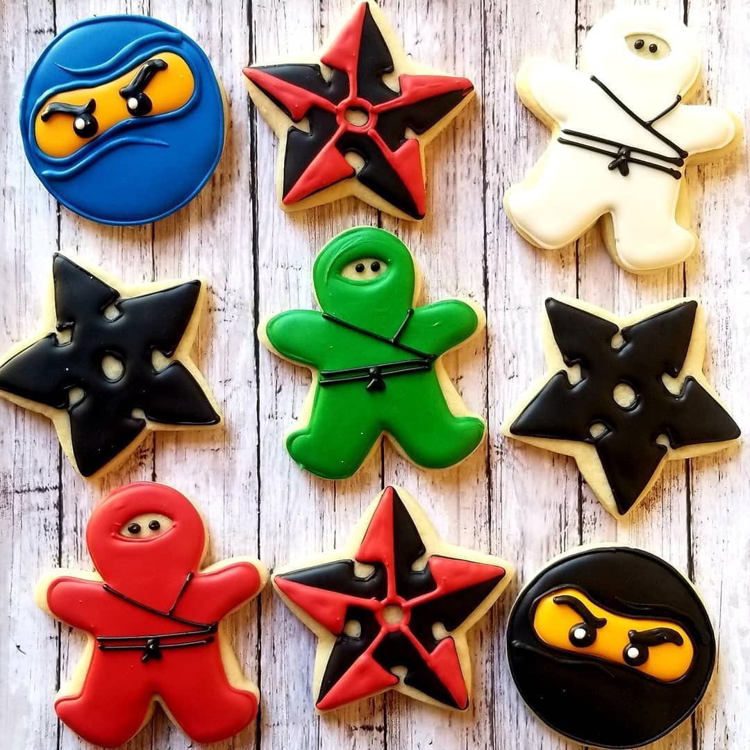 cookie bset Ninjas  masks and throwing stars! Perfect for a ninja party! . . . .Ninja cookie bset Ninjas  masks and throwing stars! Perfect for a ninja party! . . . .