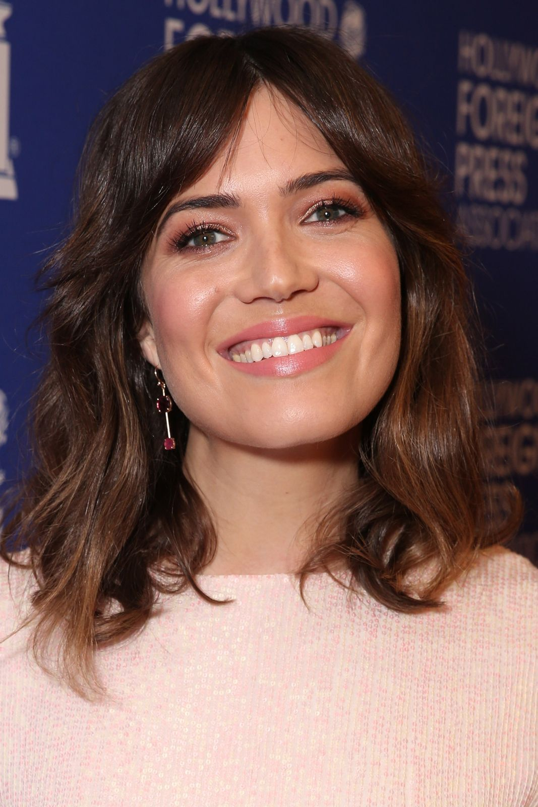 Mandy moore a beauty evolution to remember hair makeup bangs and