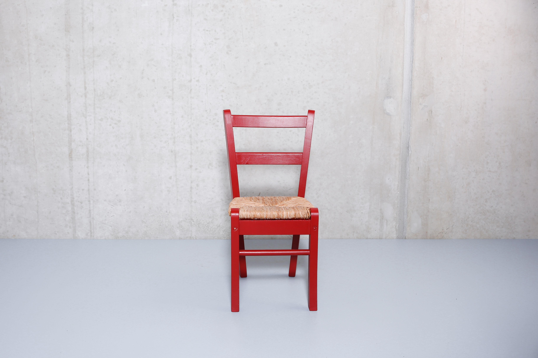 roter kinderstuhl i st hle pinterest rote st hle kinderst hle und stuhl. Black Bedroom Furniture Sets. Home Design Ideas
