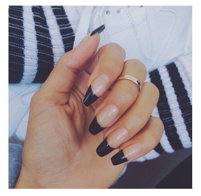 Stiletto Nails Black Tips With Images Coffin Shape Nails