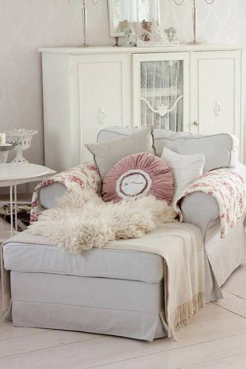 Best Oh What A Comfy Reading Chair Minus The Pink Pillow And 640 x 480