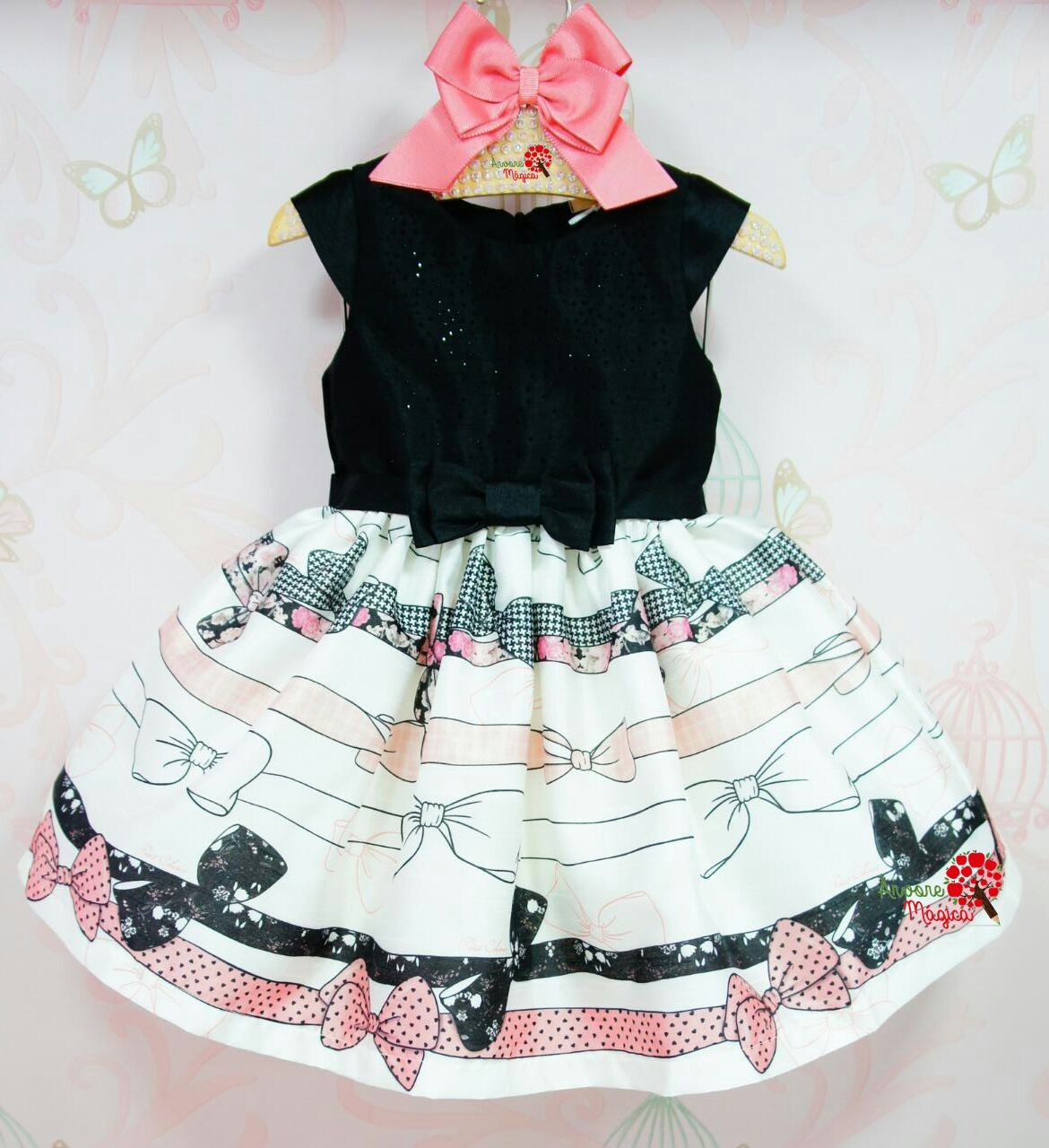 e6beb1e6be Vestido de Festa Infantil Laçarotes Petit Cherie