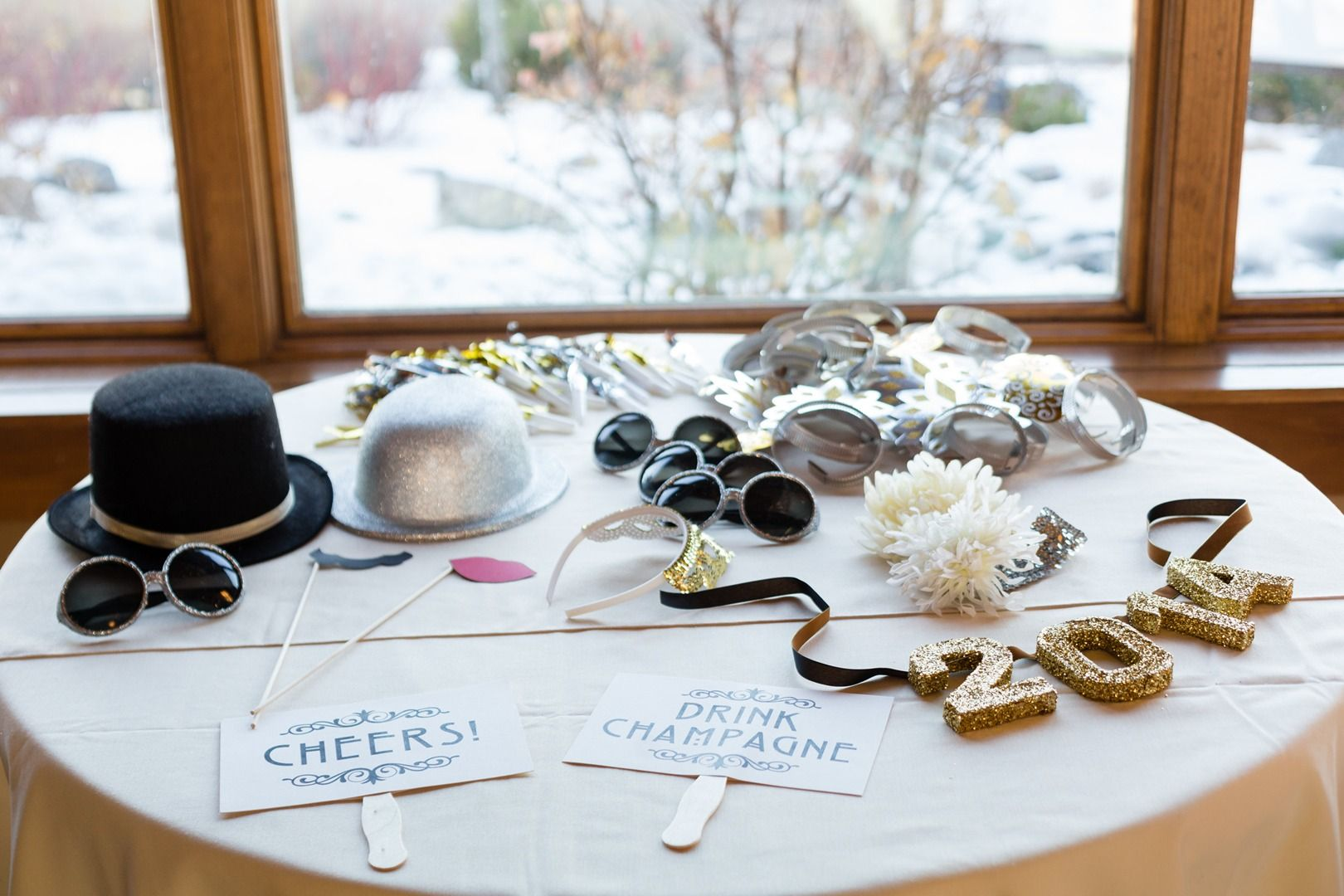 Reno, Nevada Wedding. Wedding Planner Lake Tahoe. Wedding organization Northern Nevada. NV. Set Up, Take Down, Wedding. The After Party. The Grove Reno. New Years Eve Wedding. Nude sparkles, gold sparkles, sequins, NYE, DIY Wedding, Modern wedding inspiration, vintage wedding inspiration, mercury glass. classy photo booth, diy photo booth props