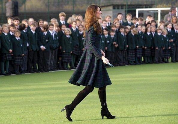 Kate Middleton Photo - Kate Middleton Visits St. Andrew's School 3
