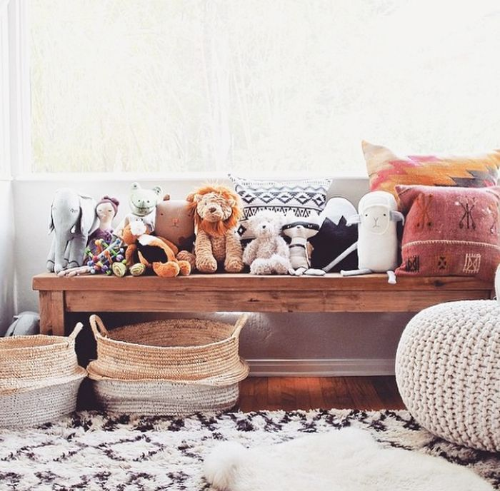 boho home decor | reclaimed wood bench, kilim pillows, and belly baskets - bohemian kid's room