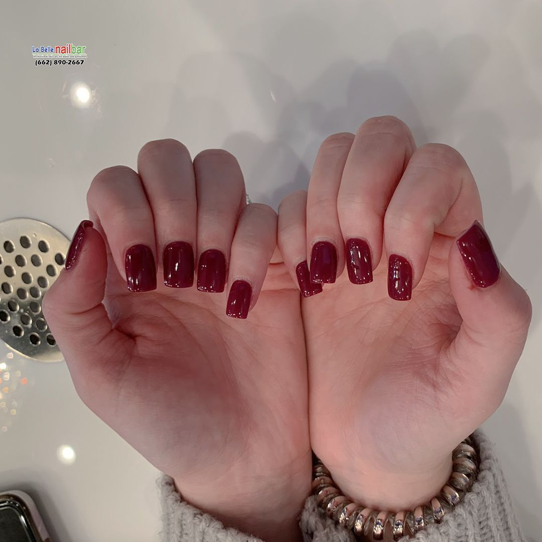 Nothing can improve your mood like a new manicure La Belle
