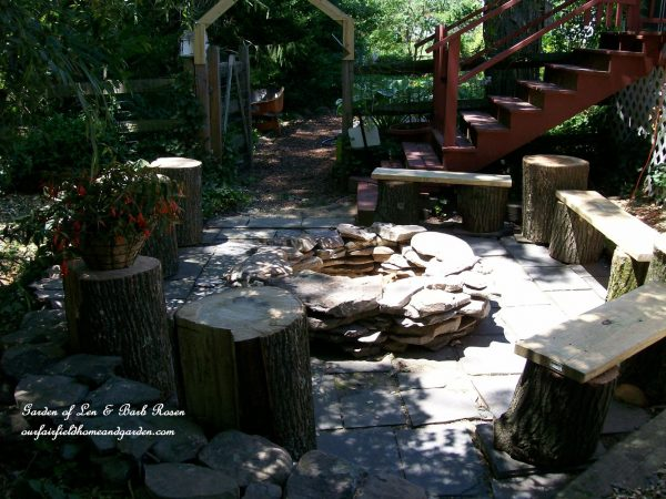 Photo of 57 Inspiring DIY Fire Pit Plans & Ideas to Make S'mores with Your Family This Fall