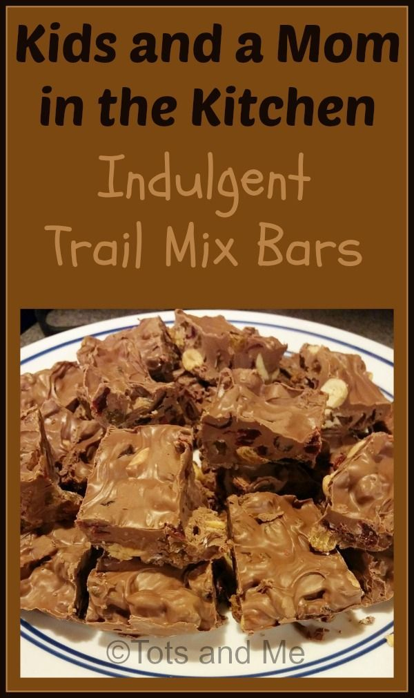 Kids and a Mom in the Kitchen #120: Indulgent Trail Mix Bars