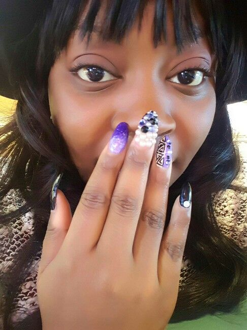 Birthday nails , junk nails. Pearls, mood nails | Jolie nails ...