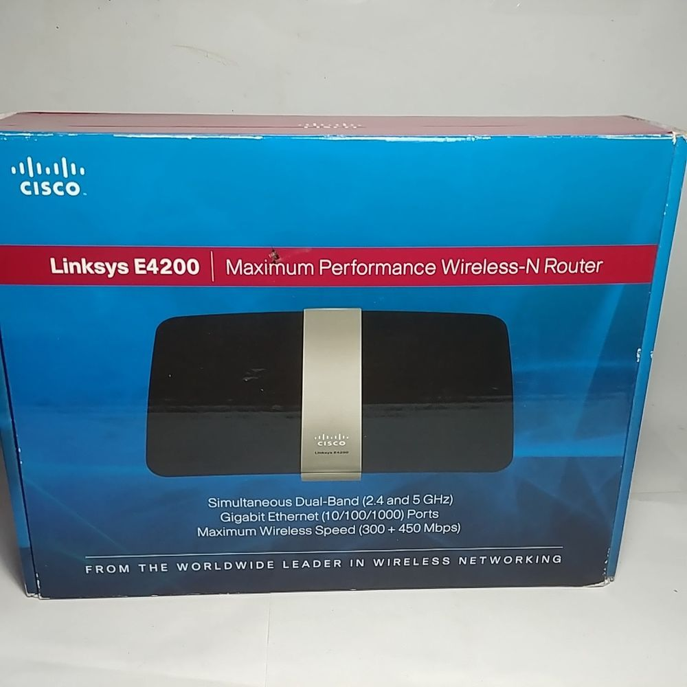 Linksys E4200 Maximum Performance Wireless-N Router in
