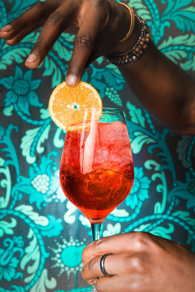 Uvae Chicago Kitchen And Wine Bar Alcoholic Drinks Wine Bar Wine