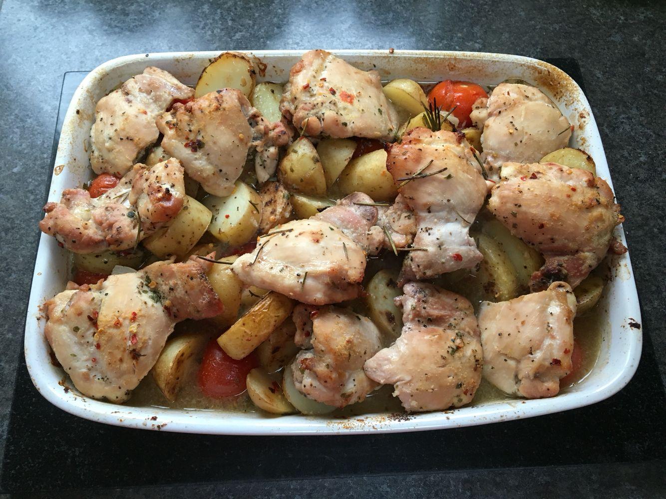 Slimming World garlic baked chicken