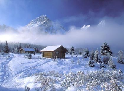 chalets sous la neige paysages de neige et de glace. Black Bedroom Furniture Sets. Home Design Ideas
