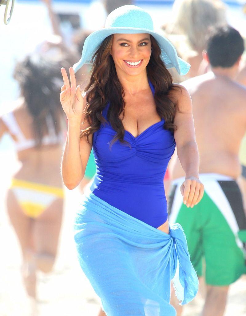 1150cad035775 Sofia Vergara rocks a cobalt blue one-piece swimsuit & shows off her  hourglass figure!