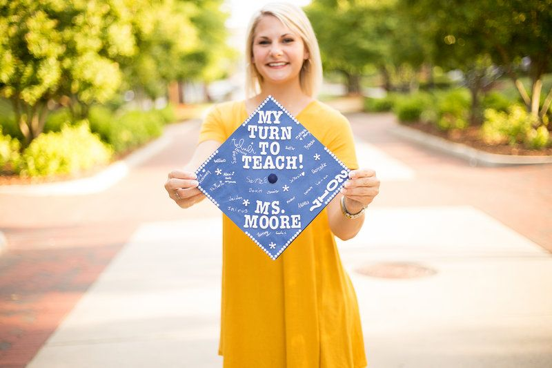 Katie Moore Uncg Graduation Photos By Brittany Titus Photography