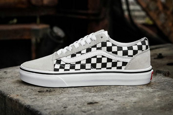 f5626ab3ed5 Vans Old Skool Grey Black White Checkerboard Shoe Skate Shoe amazon  Recommend Vans For Sale  Vans
