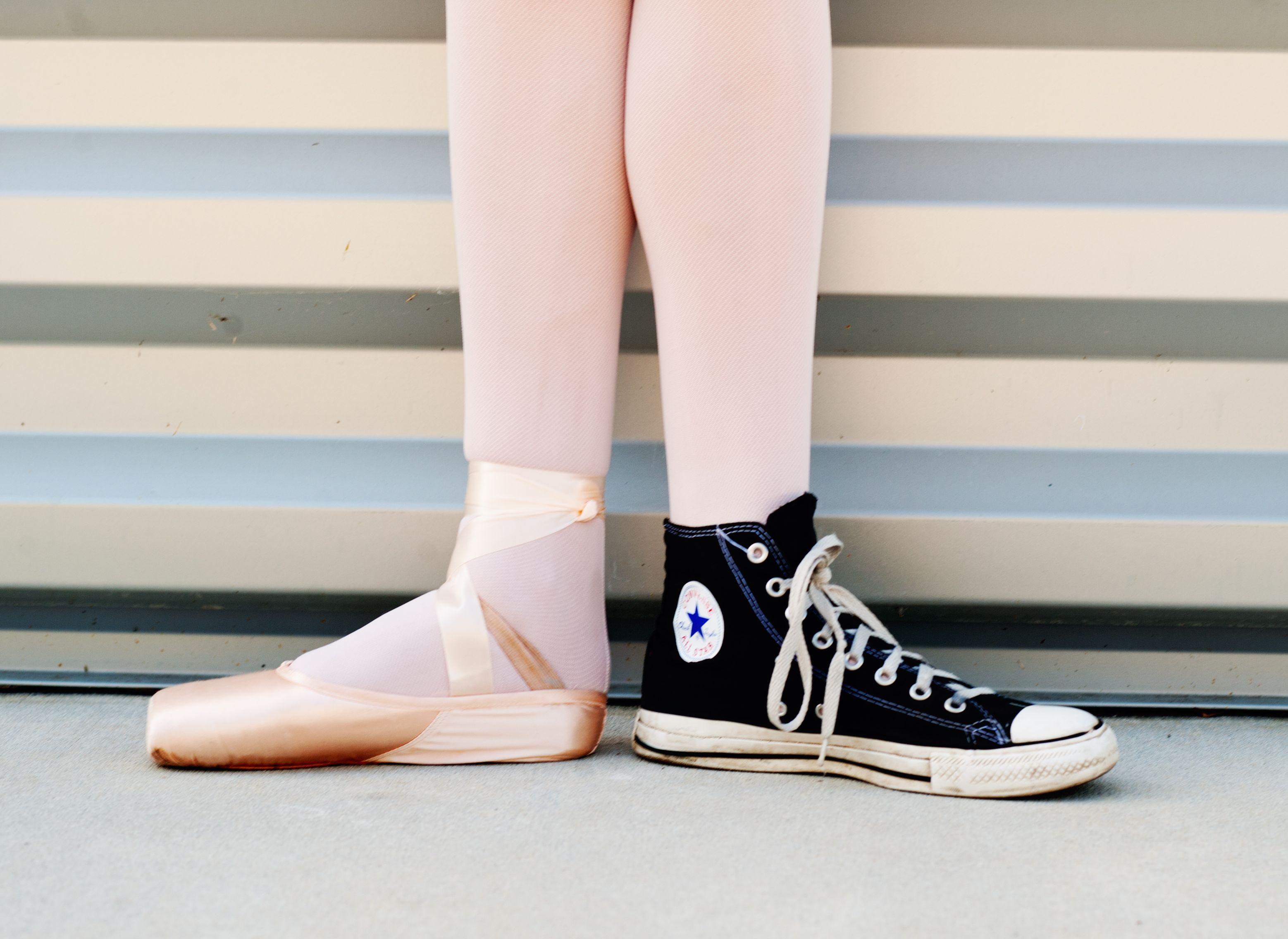 Lifestyle Shoot: Elegance and Grace on Pointe | Ballett ...