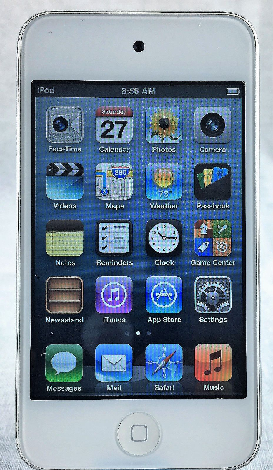 Apple Ipod Touch 4th Generation 8gb White Ipod, Clock