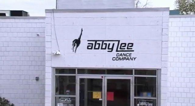 Abby lee miller dance studio & Abby lee miller dance studio | dance moms u003c3 | Pinterest | Abby ... pezcame.com