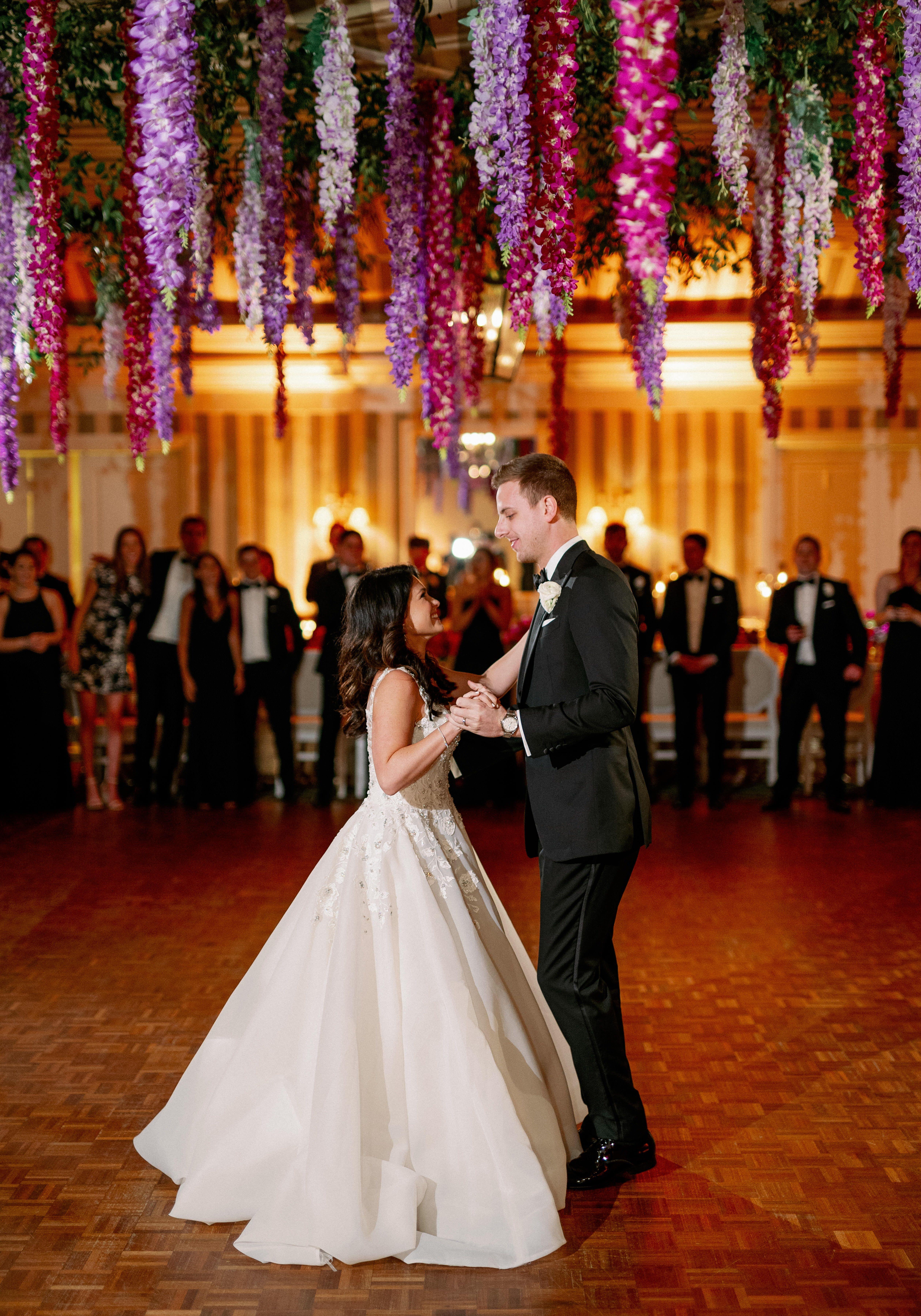 First Dance Photo In 2020 First Dance Photos Destination Wedding Planner Wedding