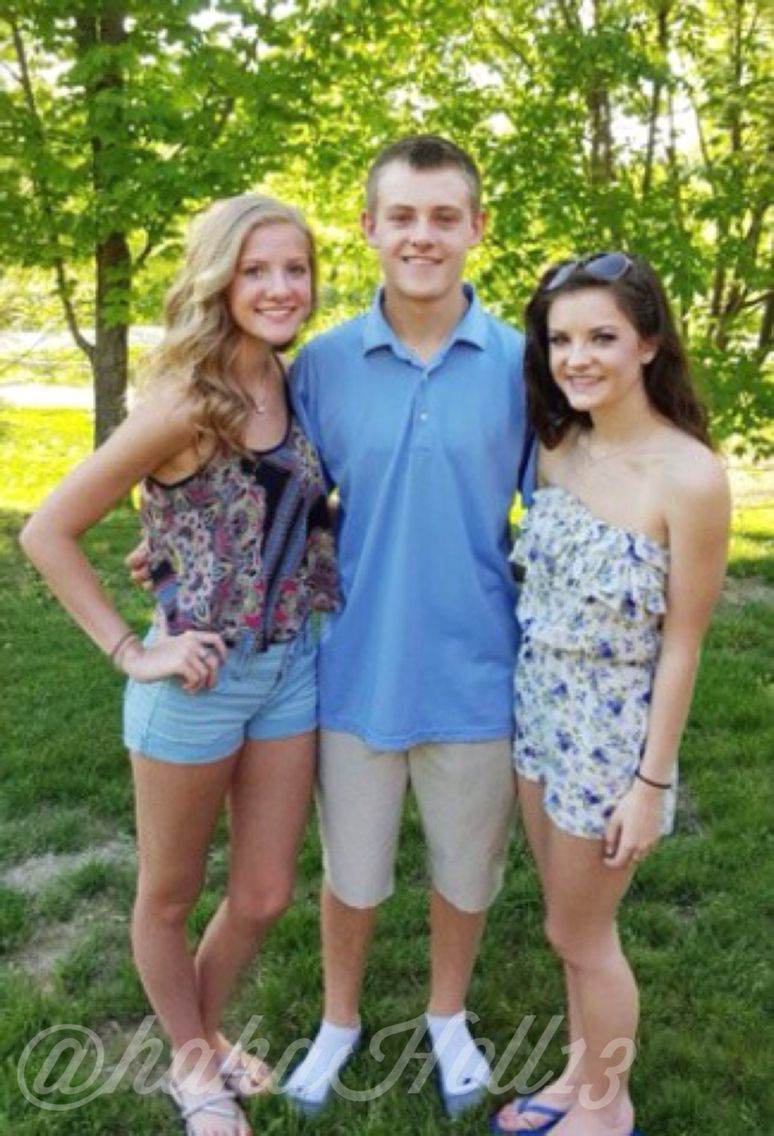 Added by #hahah0ll13 Paige, Josh, and Brooke Hyland   Original ...