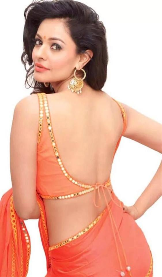 Beautiful back less blouse designs :- Simple blouses with proper fitting go well with casual sarees worn on formal as well as on informal occasions. The neck and sleeves of plain blouses cam …