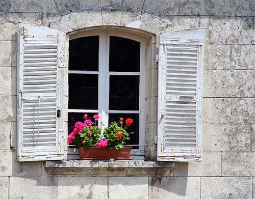 Fioriere Per Persiane ~ Shuttered window doors and windows pinterest porte piante e fiori