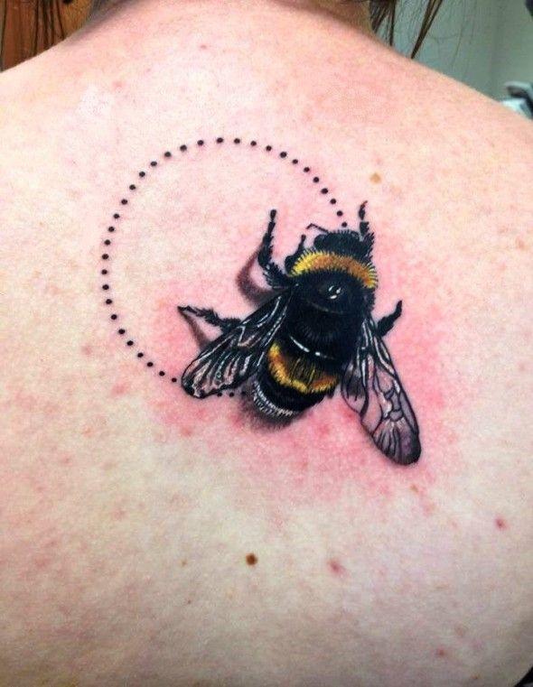 фотографии татуировок пчелы статуэтка