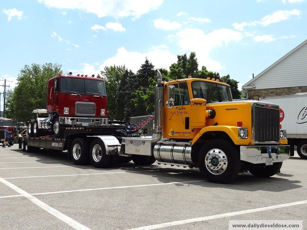 GMC General with Chevy Titan 90 cabover
