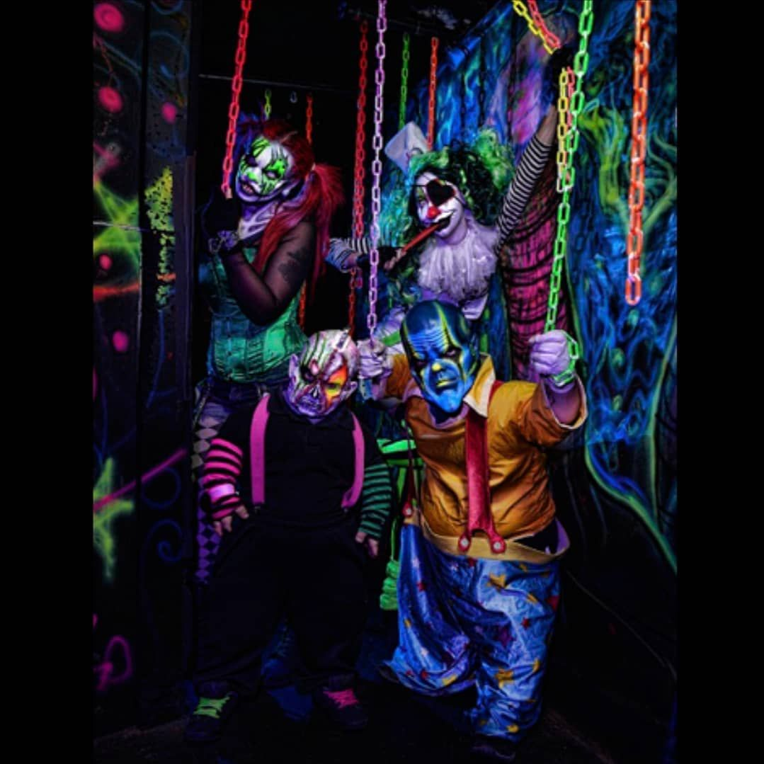 clown horror gore macabre red dark circus carnival