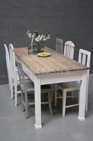 Strakke Witte Eettafel.Eettafel 20004 Stoere Oude Eettafel Met Een Prachtig Houten Blad