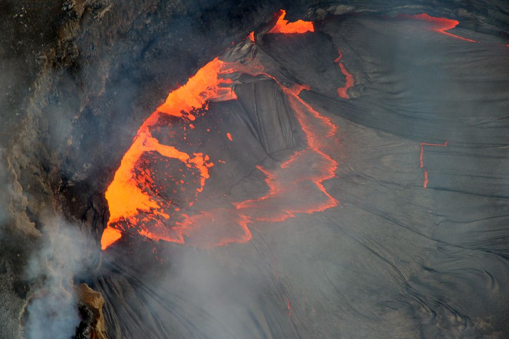 Hawaii volcano helicopter tour hawaii travel awesomest