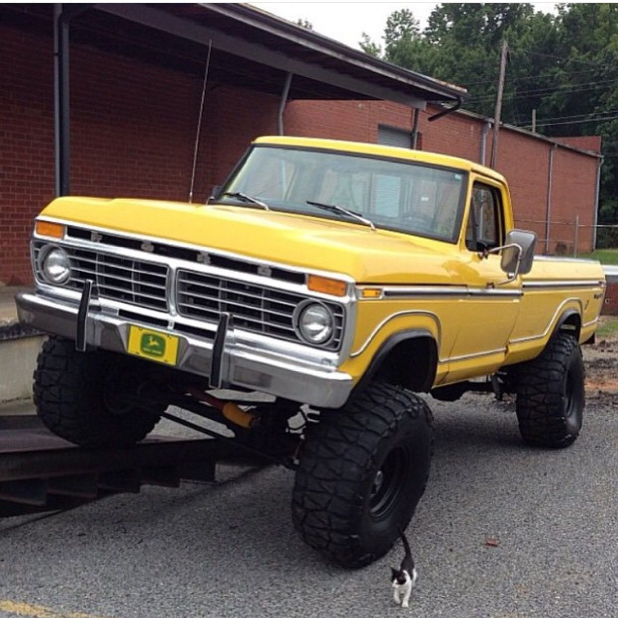 Pin by Derelict Garage on Pickups and such...   Pinterest   Ford ...