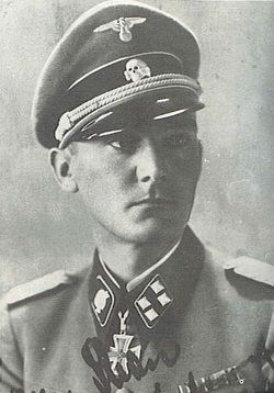 """✠ Otto Wilhelm Kron (28 February 1911 - 9 August 1955) RK 28.06.1942 SS-Hauptsturmführer Führer Flak-Abteilung SS - """"Totenkopf""""-Div"""