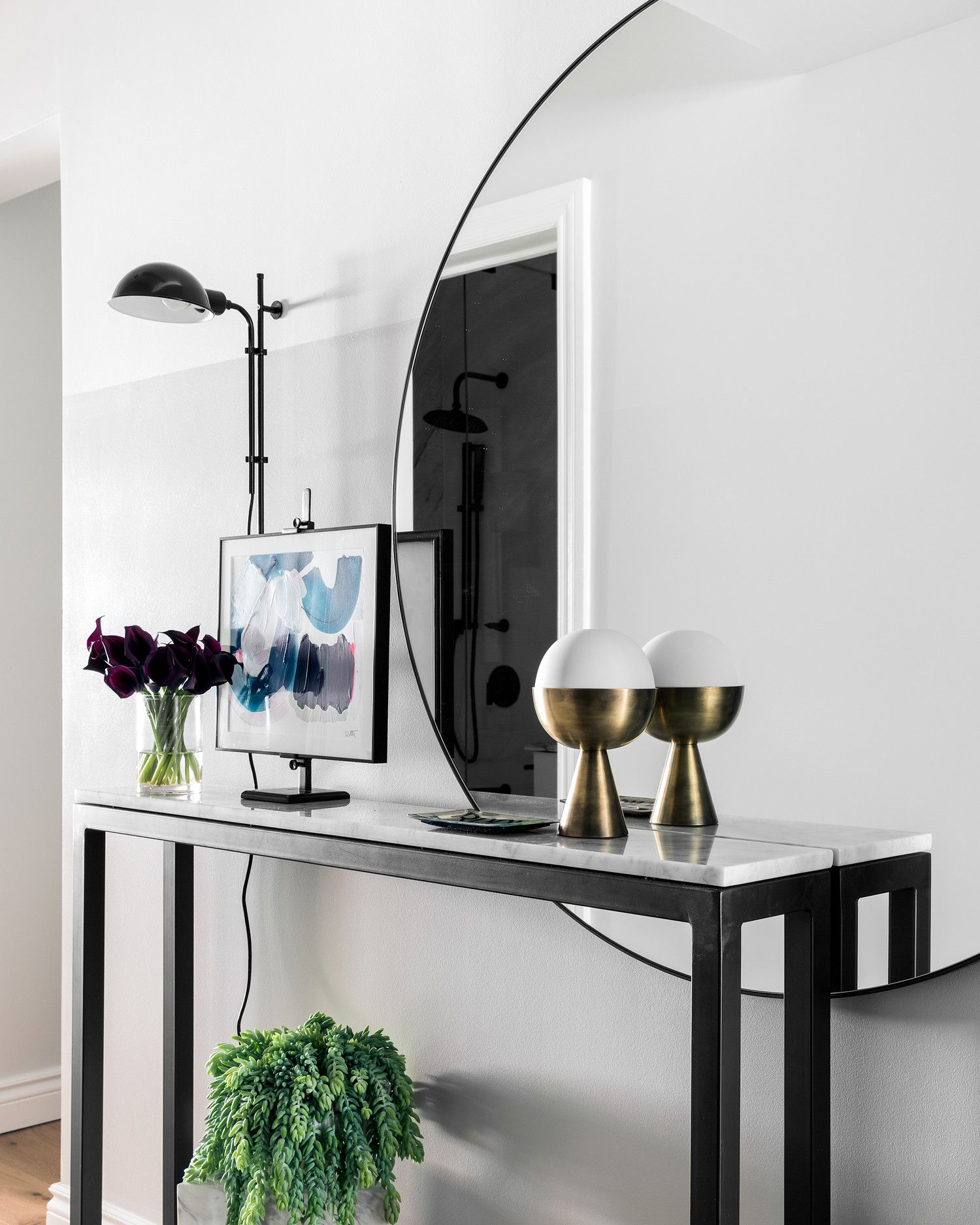 This Generic NYC Apartment Gets a Glam Makeover