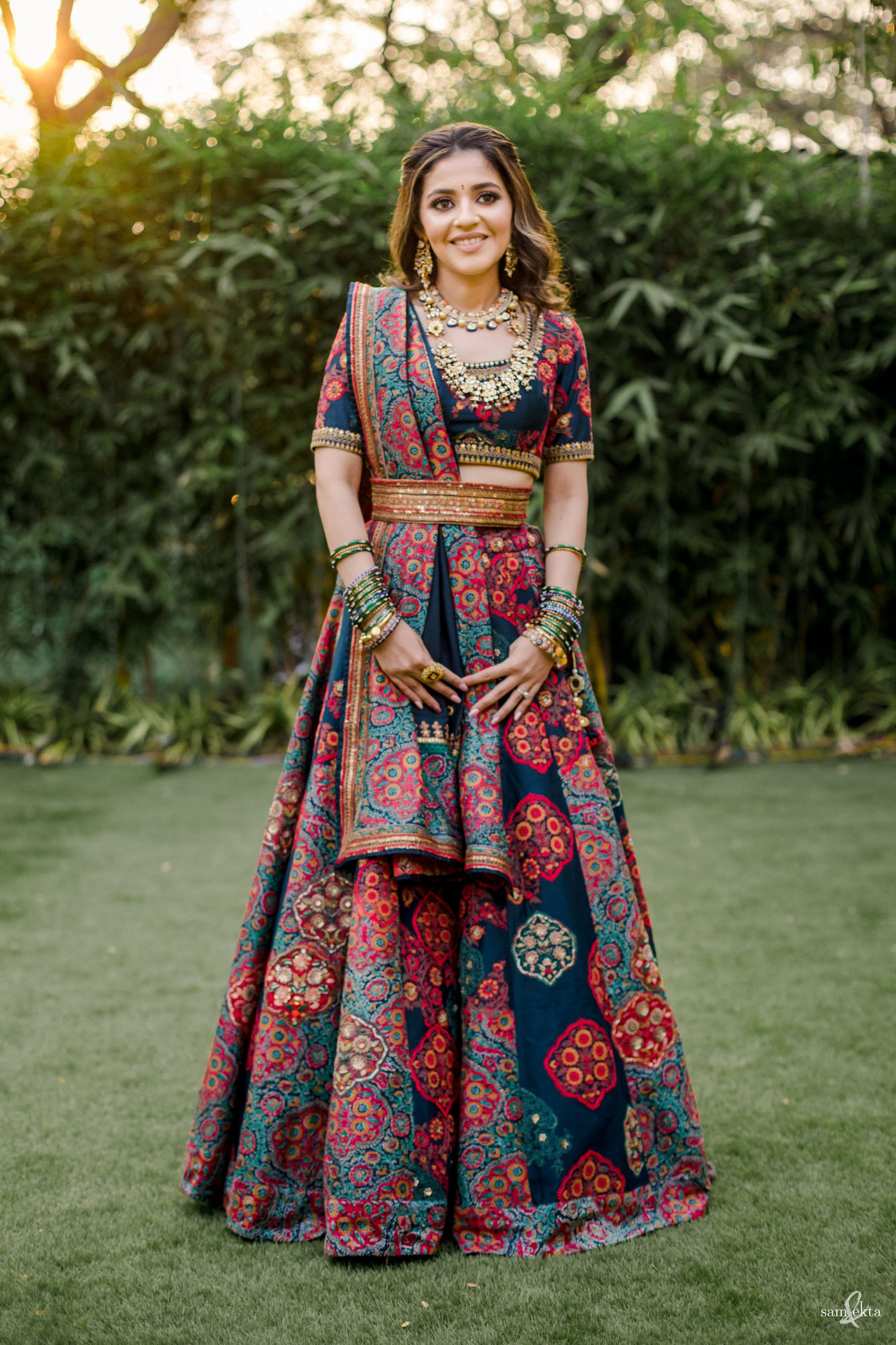 Mumbai Wedding With Bride In DroolWorthy Outfits