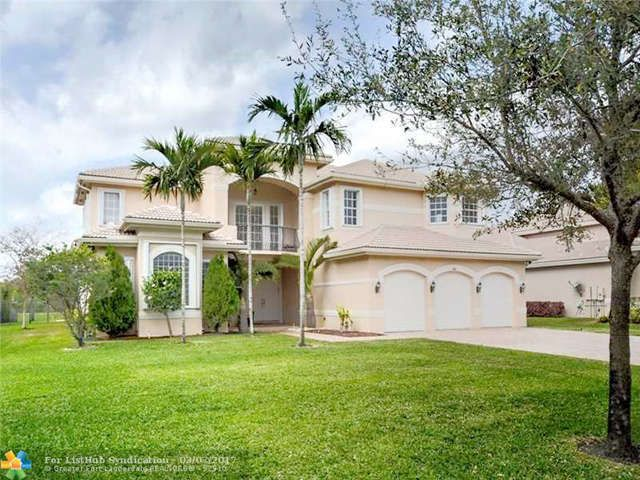Wf Pool No Ocean Access Single Family Davie Fl Spectacular 2 Story Waterfront Estate Home 6 Bed 7 Bath W Office L Sale House Estate Homes Land For Sale