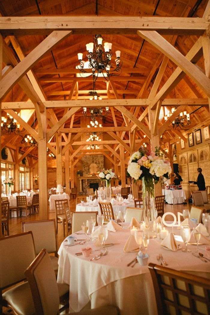 Red Barn At Outlook Farm York Beach Maine Wedding In Enjoyed A Light Dinner Here Once Beautiful Inside