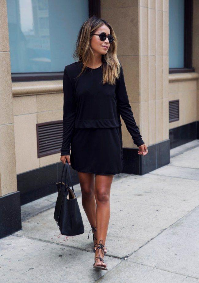 Schwarzes kleid mit flachen schuhen
