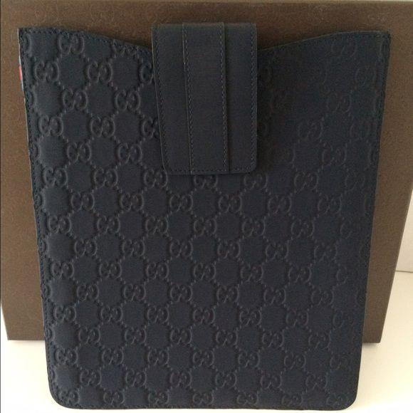35a9cda5538 NIB Authentic Gucci IPad Case - Navy Blue BRAND NEW!! with original box  GUCCI