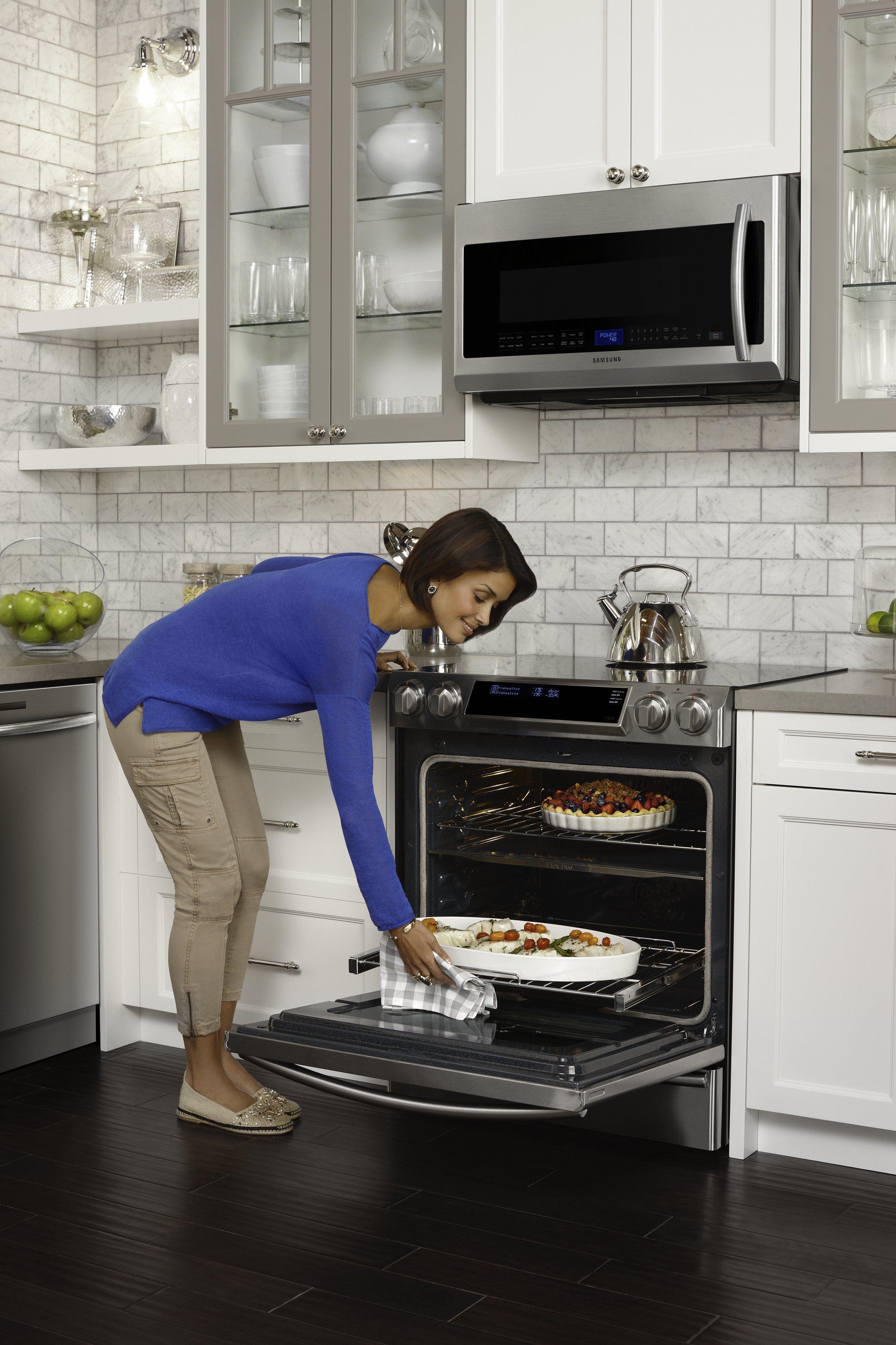 Samsung Ne58f9710ws 2 299 00 Samsung Appliances Kitchen Design Small Luxury Appliances