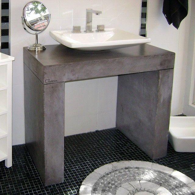 Revestimiento de microcemento microbeton aquacrete for Pared de bano de concreto encerado