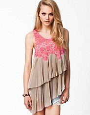 Picon Top - Nolita - Nude - Tops - Kleidung - NELLY.DE Mode online